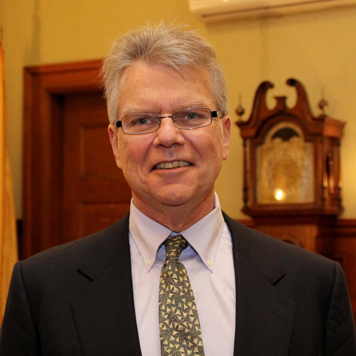 Dennis Carlone